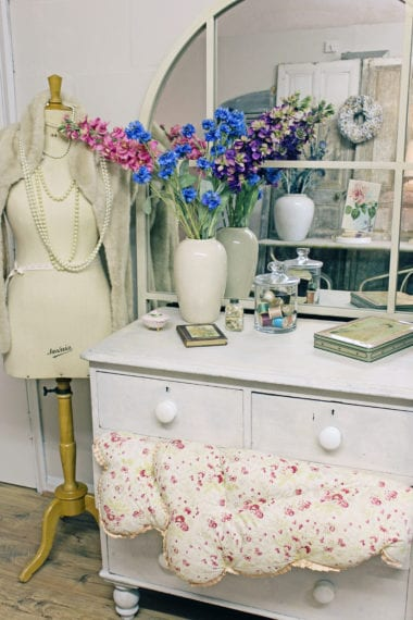 Colour and texture are the common thread that ties these pretty vintage items together