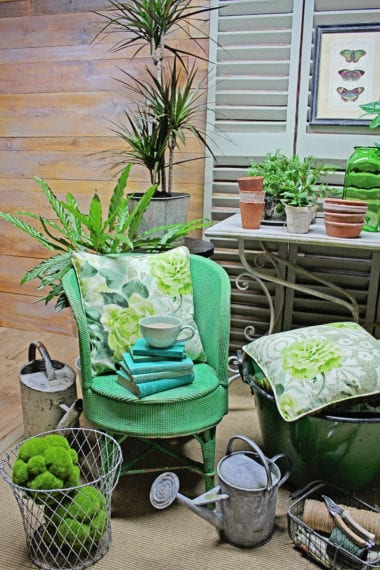 Pantone Greenery interior